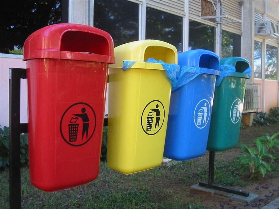 الإستثمار في رسكلة النفايات بديل اقتصادي وبيئي
