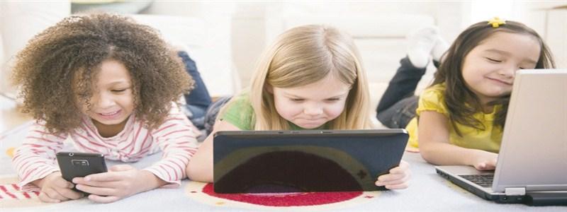 أثر الشاشات على نفسية ودماغ الطفل – بين التنظير والممارسة
